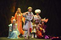 Чувашский ТЮЗ откроет фестивальную программу спектаклем Иосифа Трера «По следам Первоптицы».