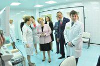 По словам Вероники Скворцовой, все, что современная онкологическая медицина имеет, есть в республиканском онкологическом диспансере.Фото Олега Мальцева