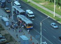 У чебоксарского общественного транспорта – проблем немало. Поучаствовать в их решении можно, пройдя онлайн-опрос. Фото Олега МАЛЬЦЕВА