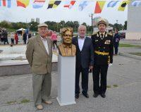 Эмиль Ургалкин, Владимир Нагорнов и директор кадетской школы Вячеслав Илюткин готовы к новым совместным проектам.