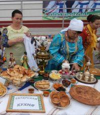 С вкусного праздника никто голодным не ушел.Фото автора