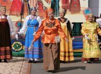 В таких нарядах щеголяли в русских селениях четырех районов республики.Фото автора