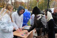 Профессиональным психологам помогают волонтеры, студенты психологического факультета ЧГУ. И лучшей практики для них придумать сложно. Фото с сайта Минздрава Чувашии