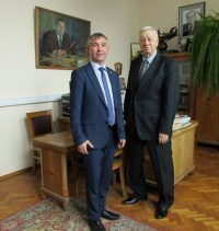 С Александром Демидовым была достигнута договоренность о разработке ландшафтного проекта Аллеи космонавтов.
