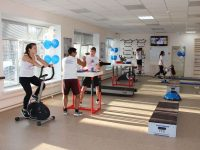 Студия также включает раздевалки, медпункт, душевую, тренерскую комнату.Фото cap.ru