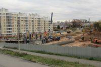 В Чебоксарах на месте ветхих построек растут современные дома.Фото автора