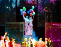 «Любовь к трем апельсинам» Марийского театра оперы и балета имени Э. Сапаева искрится непринужденным весельем.