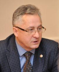Уполномоченный по правам человека Юрий Кручинин будет теперь работать и детским омбудсменом.