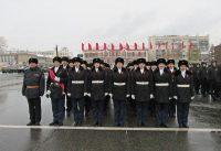 За активное участие кадетской школе № 14 от имени губернатора вручили памятный знак «Куйбышев – запасная столица».