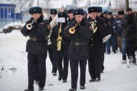Красноармейца Константина Савельева похоронили на кладбище деревни Норваш-Шигали со всеми воинскими почестями.Фото Максима ВАСИЛЬЕВА