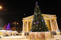 Красная площадь станет центральной площадкой городской новогодней ночи. К празднику она практически готова.Фото cap.ru