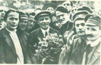 Июль 1920 года. II конгресс Коминтерна. Рядом с Владимиром Лениным справа – делегат конгресса Карл Грасис.