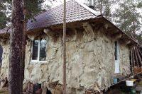 Оленьи шкуры сгодятся и для отделки дома – они отлично держат тепло и не пропускают влагу.