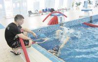 Занятия детей плаванием способствуют профилактике простуды.Фото cap.ru