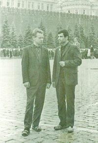 Жебит и Пейков перед отправкой в неизведанное пришли на Красную площадь Москвы. 31 июля 1967 г.Фото из архива «СЧ»