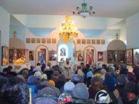 Во вновь отстроенный храм Рождества Христова в Чутеево приходят верующие со всей округи.Фото cap.ru