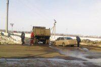 На 9-м км дороги Вурнары – Убеево – Красноармейское грузовик не уступил дорогу легковушке.