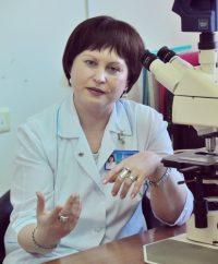 Екатерина САВАСКИНА, главный генетик Чувашии: – Иметь генетический паспорт каждому очень важно для здоровья будущих поколений. Фото Олега МАЛЬЦЕВА
