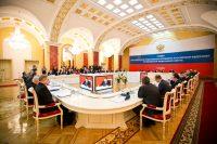 Результаты взаимодействия региональных властей с федеральными органами исполнительной власти в ПФО в борьбе с «теневой» экономикой следует признать удовлетворительными, считают участники заседания.Фото cap.ru