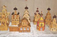 В среднем на одну небольшую церквушку может уходить порядка сорока-пятидесяти коробков спичек.Фото cap.ru