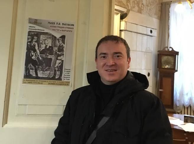 Художник обещал выставить иллюстрации и в Чебоксарах. Фото из личного архива Александра Федорова