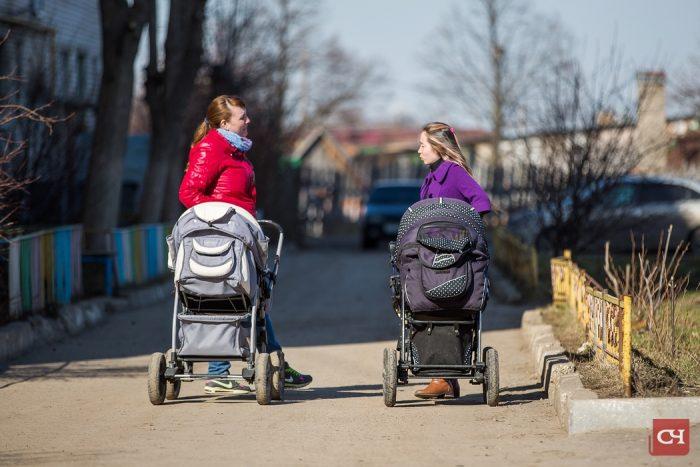 мамочки с колясками