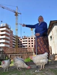 """Строительство жилого комплекса """"Три богатыря"""" на берегу реки Сугутки. Фото О. Мальцева"""