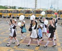 Школьные автобусы. Фото О. Мальцева