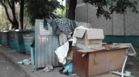 Мусор возле дома № 4 по ул. Мичмана Павлова