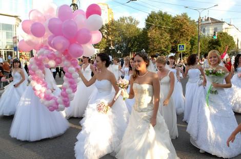 Парад невест в Чебоксарах