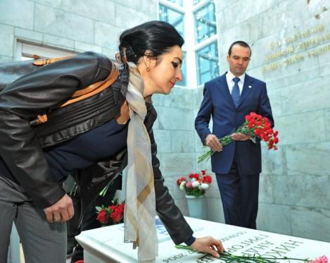 На торжества прибыла дочь космонавта – Алена Андрияновна.